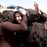 ISIS Feeds Starving Mother Her 3-yo Child; Yazidis Blame Obama's Inaction for Atrocities